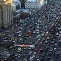 Решение пробок в городе - переход на 24 часовой рабочий режим. Деловой мир, пробки, экономика, город